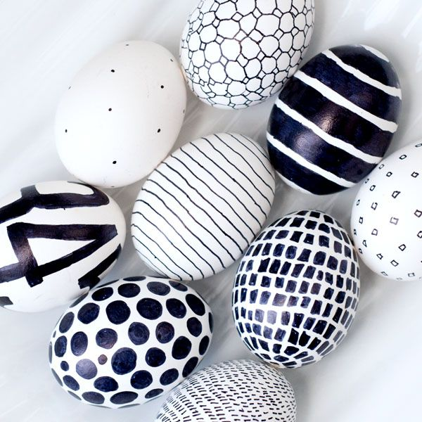 Black & White Eggs for Easter 2015 - On Drummond House Plans' blog